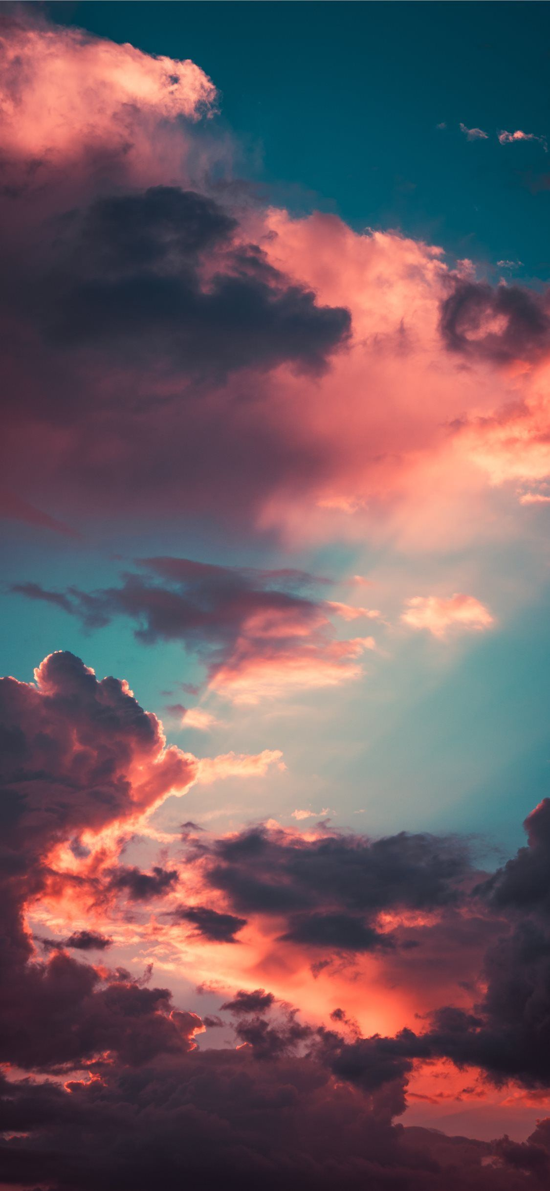 Aesthetic Iphone Wallpapers 4k Hd Aesthetic Iphone Backgrounds On Wallpaperbat